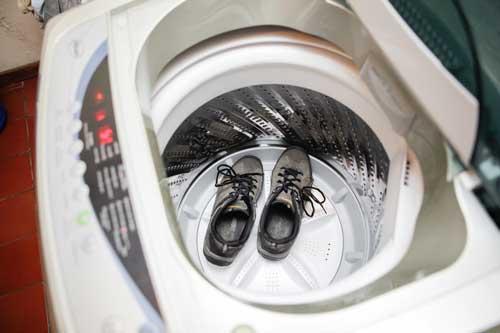 Как правильно стирать кроссовки? Совет спортсмена