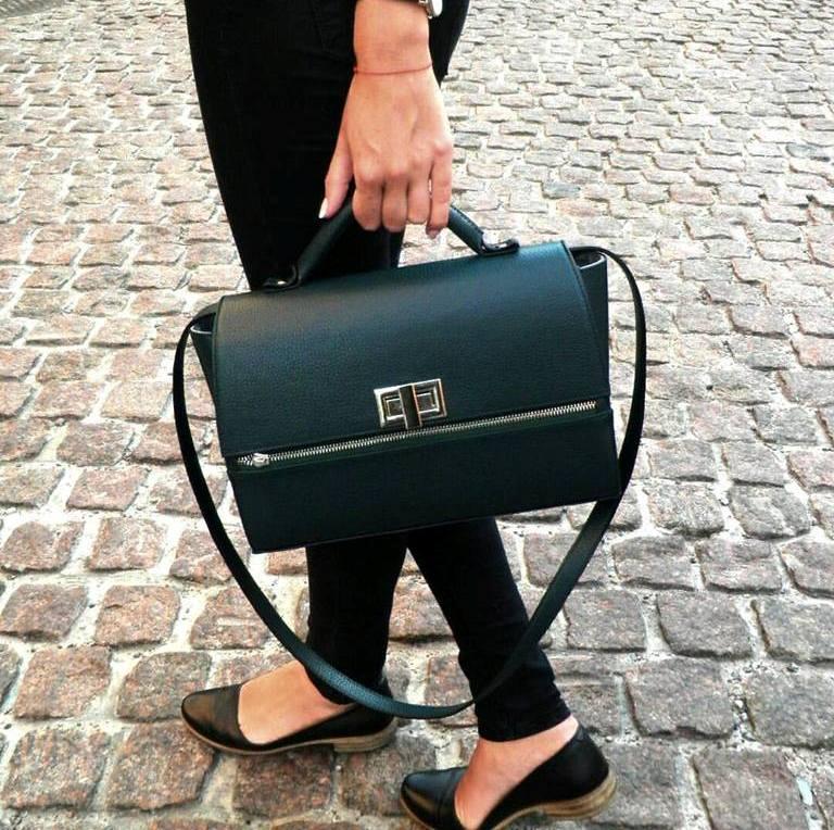 e28dc32b0d15 Интернет-магазин Z077 предлагает купить женские кожаные сумки через плечо  по цене ...