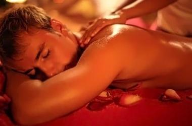 Сексуальный массаж: любительский и профессиональный