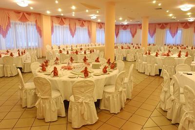 Свадьбе нужен правильный банкетный зал
