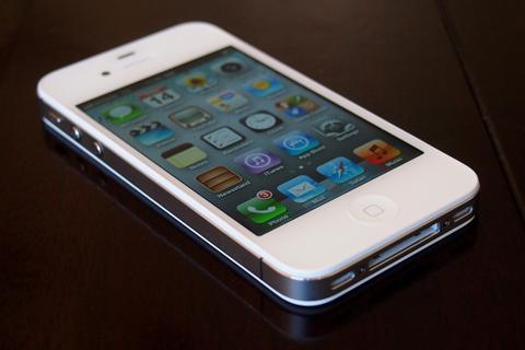 Что выгоднее – поломанный iPhone 4S или Samsung Galaxy S II?