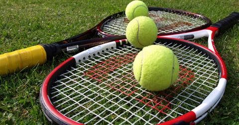 Теннисное оборудование - пушки и станки для натяжки струн