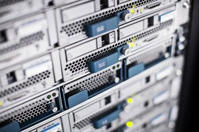 Особенности и преимущества  сервера  Cisco UCS B200 M3