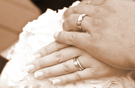 Помолвка и свадьба