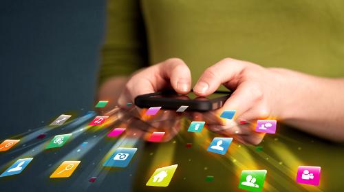 Обучающие приложения для взрослых и детей